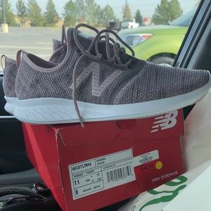 New Balance Running Shoes NEW in BOX